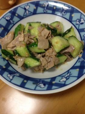 夏に!簡単きゅうりと豚肉の味噌炒め