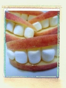りんごとマシュマロで歯のハロウィンおやつ