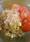 簡単にお蕎麦でもう一品♪天かす鰹節トマト