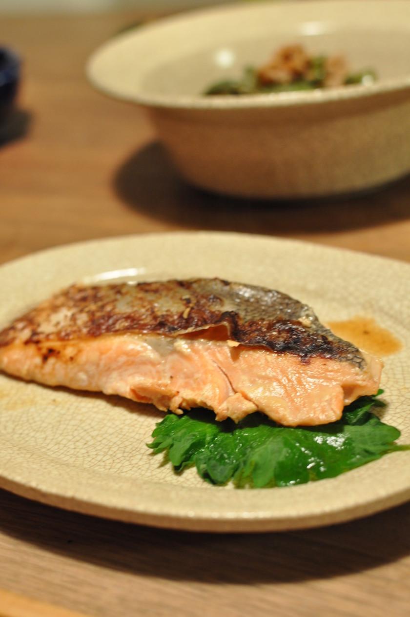 鮭のヨーグルト味噌漬け焼き