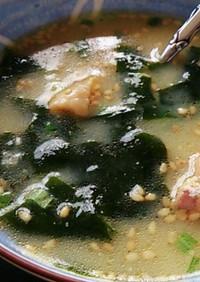 わかめスープにやきとり缶!?(柚子風味)