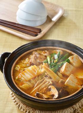 基本のキムチ鍋