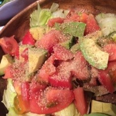 超簡単♡アボカドトマトサラダ