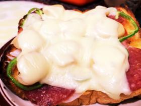 マッシュルームとサラミのピザトースト!