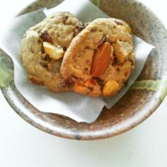 ナッツ&フルーツで硬いクッキー