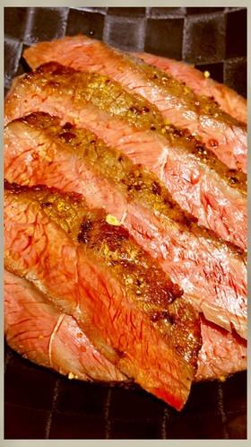 ハンバーグ職人直伝!牛ステーキの焼き方!