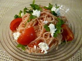 素麺を使って簡単トマトサラダ♪