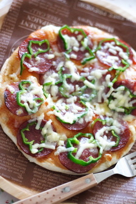 子どもと作る簡単クリスピーピザ
