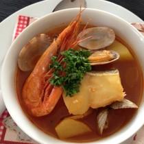 タラとじゃがいものブイヤベース風スープ