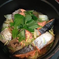 紅鮭と白菜のブレゼ(洋風蒸し鍋)