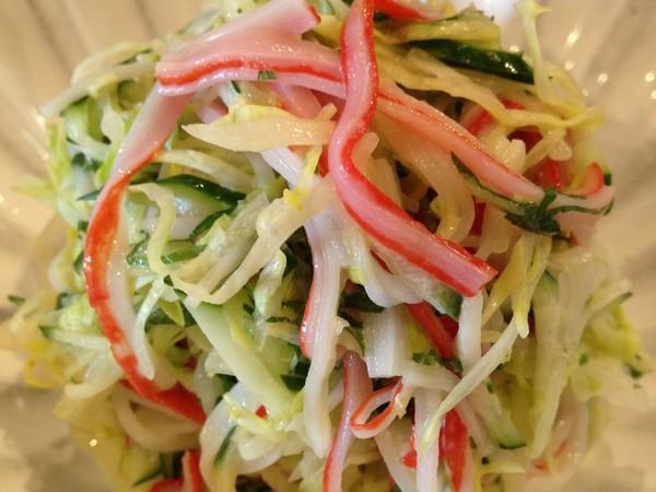 カニカマのさっぱりレタスサラダ