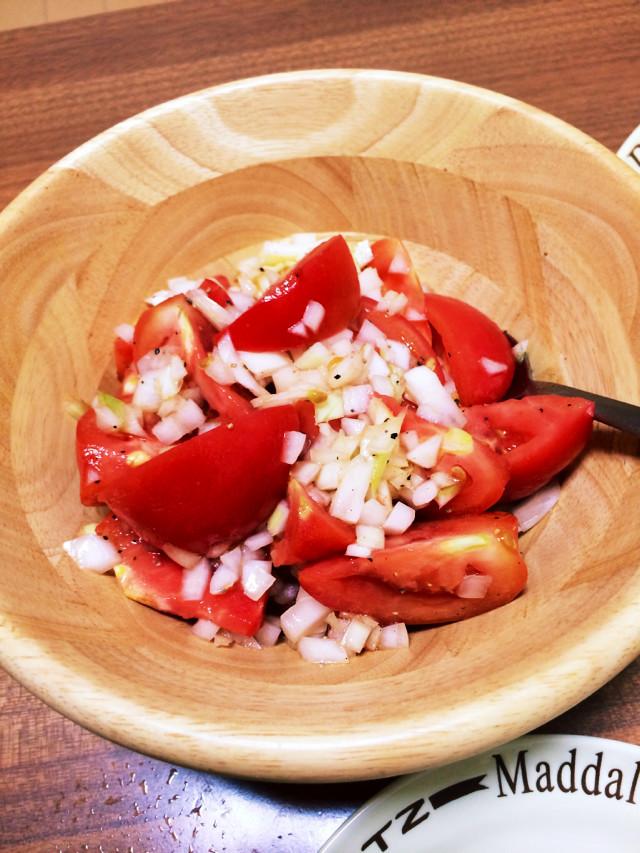 簡単お通し☆トマトと玉ねぎのマリネ