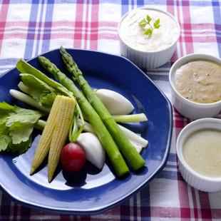 温野菜と3種のソース
