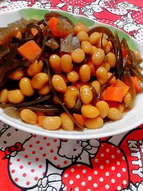 簡単★大豆+人参+蒟蒻+昆布の煮豆♪