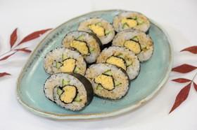 ふんわり卵のへその二重巻き寿司