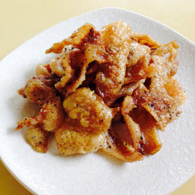 カリカリ鶏皮焼き