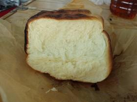 キャンプで簡単パン作り☆飯ごうでパン
