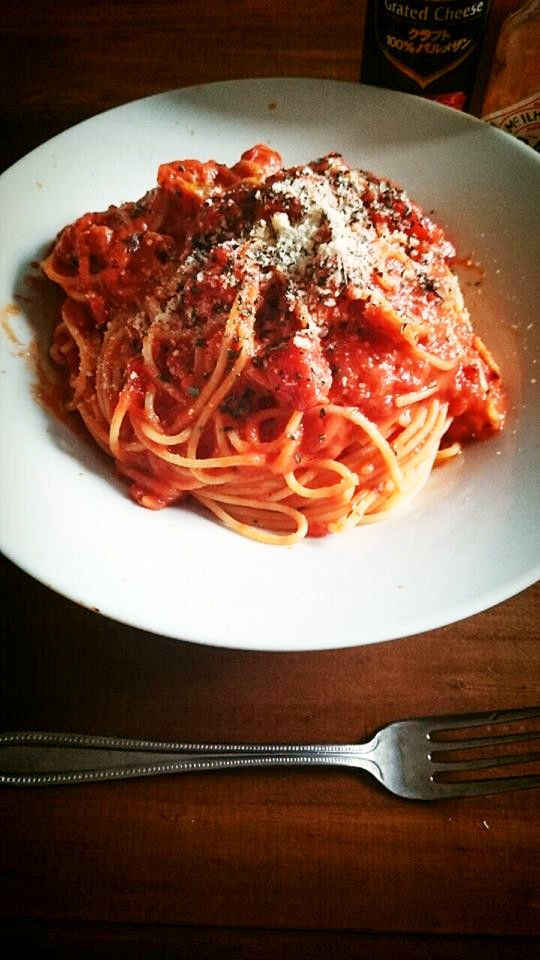 簡単!トマト缶で作る本格トマトパスタ