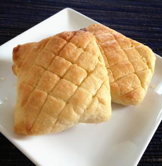 残りクッキー生地でメロンパントースト♪