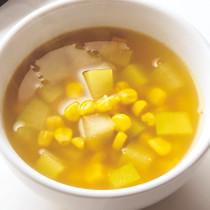 とうもろこしととうがんのカレースープ