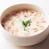 トマトとしその豆乳スープ