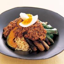 夏野菜ジャージャー麺