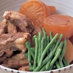 大根とスペアリブの煮物