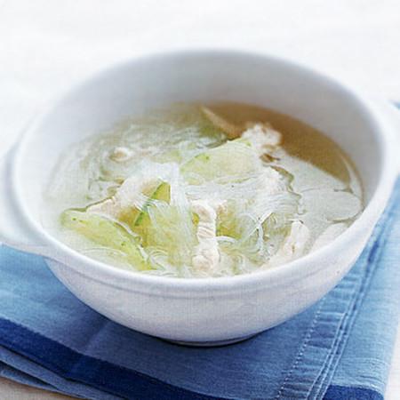 とうがんとはるさめのスープ