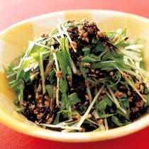 水菜と肉そぼろのサラダ