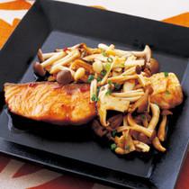 鮭の中華風ピリ辛照り焼き