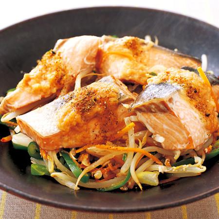 鮭のちゃんちゃん焼き風蒸し煮
