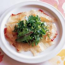 鯛の昆布じめ香味野菜添え