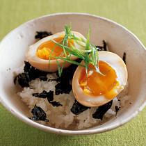 半熟味つけ卵どんぶり