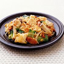 豆腐とソーセージのキムチ炒め