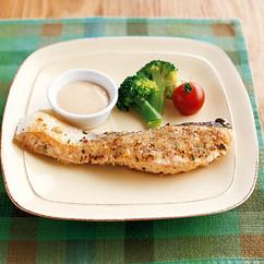 鮭のガーリックパン粉焼き