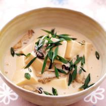 かきと豆腐の豆乳スープ煮