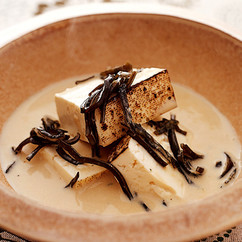 豆腐の塩昆布豆乳煮
