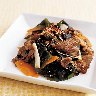 わかめと牛肉の韓国風炒め
