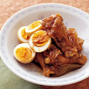 とり肉とゆで卵の甘辛煮