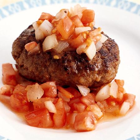 フレッシュトマトソースのチーズハンバーグ