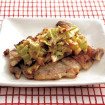 炒めキャベツのせ豚肉ソテー