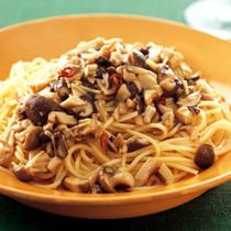 3種のきのこソーススパゲッティ