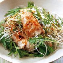角煮と水菜のピリ辛サラダ