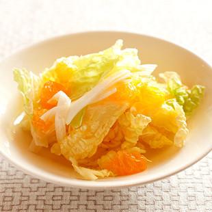 白菜とみかんのサラダ