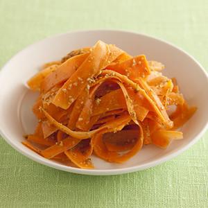 にんじんごまサラダ