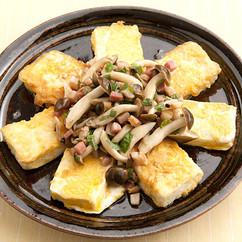 豆腐のピカタのベーコンソースがけ