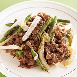 牛肉とセロリの和風ピリ辛炒め