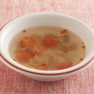 ザーサイとトマトのピリ辛スープ