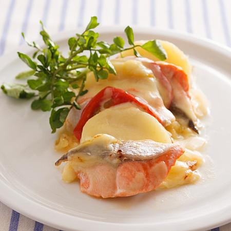 鮭のフライパンチーズ蒸し
