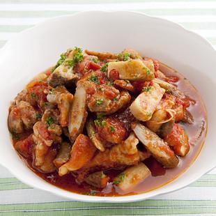 とり肉とごぼうのトマト煮